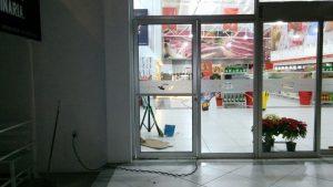 Rotulación en puertas