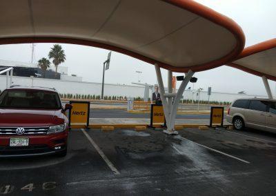 Vista general display en estacionamientos